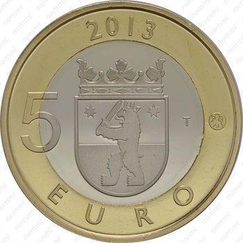 Медно-никелевая монета 5 евро 2013, некрополь Саммаллахденмяки (реверс)