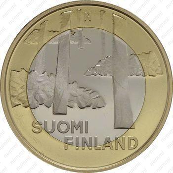 Медно-никелевая монета 5 евро 2013, некрополь Саммаллахденмяки (аверс)